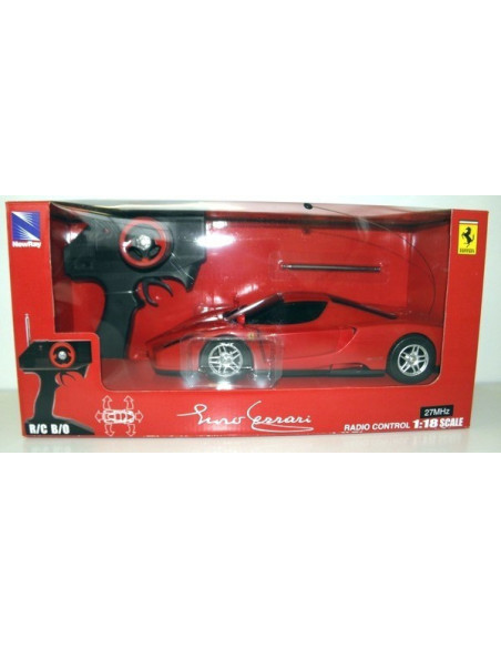 New Ray Enzo Ferrari RC Autó 1/18